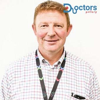 Dr Iain Beveridge