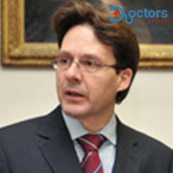 Dr Martin Benson